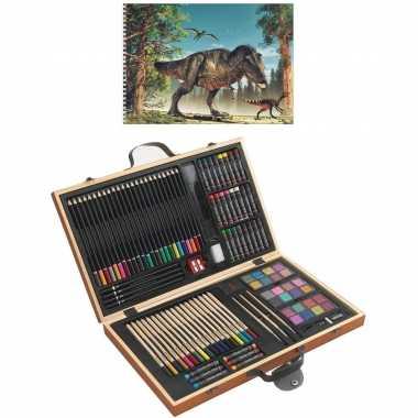 Complete teken/schilder doos 88-delig met een a4 dino schetsboek